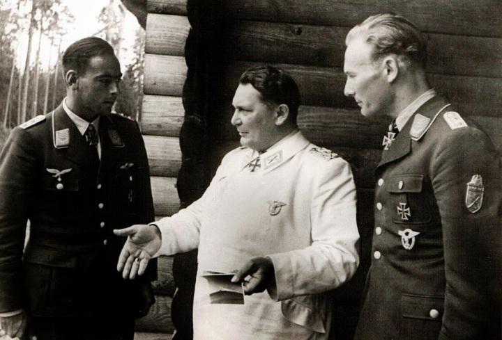 GöringwithDietrichPeltz&WernerBaumbach